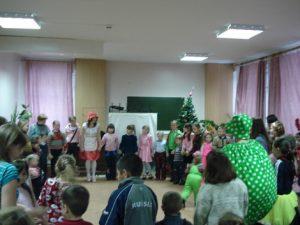 10 января в Челябинске, Фондом «Источник Надежды» была проведена акция «Рождественская елка – наши дети».