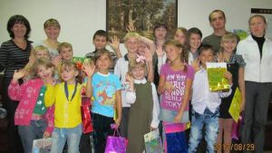 Праздник ко «Дню знаний», для детей из неблагополучных и многодетных семей Курчатовского р-на.